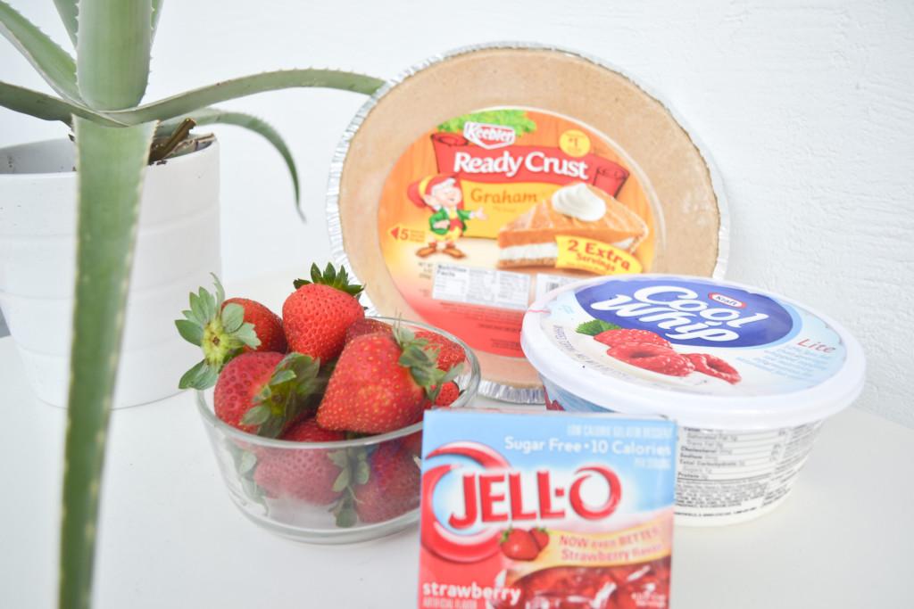 No Bake Strawberry Mouse Pie-2