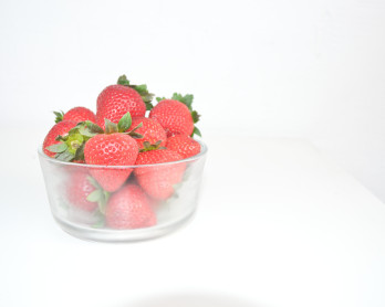 No Bake Strawberry Mouse Pie-8