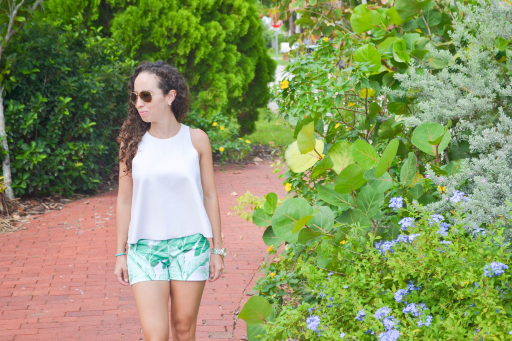 Zara_Tank_Old Navy_Shorts_ootd) (7)
